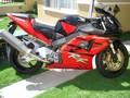 HONDA - CBR900   2003